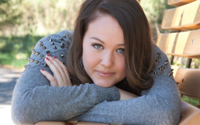 Lisa Nikole: Author, Photographer, Philanthropist -image